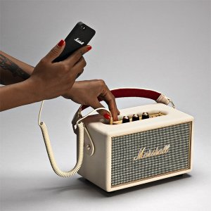 Bluetooth対応ではない音源も接続可能